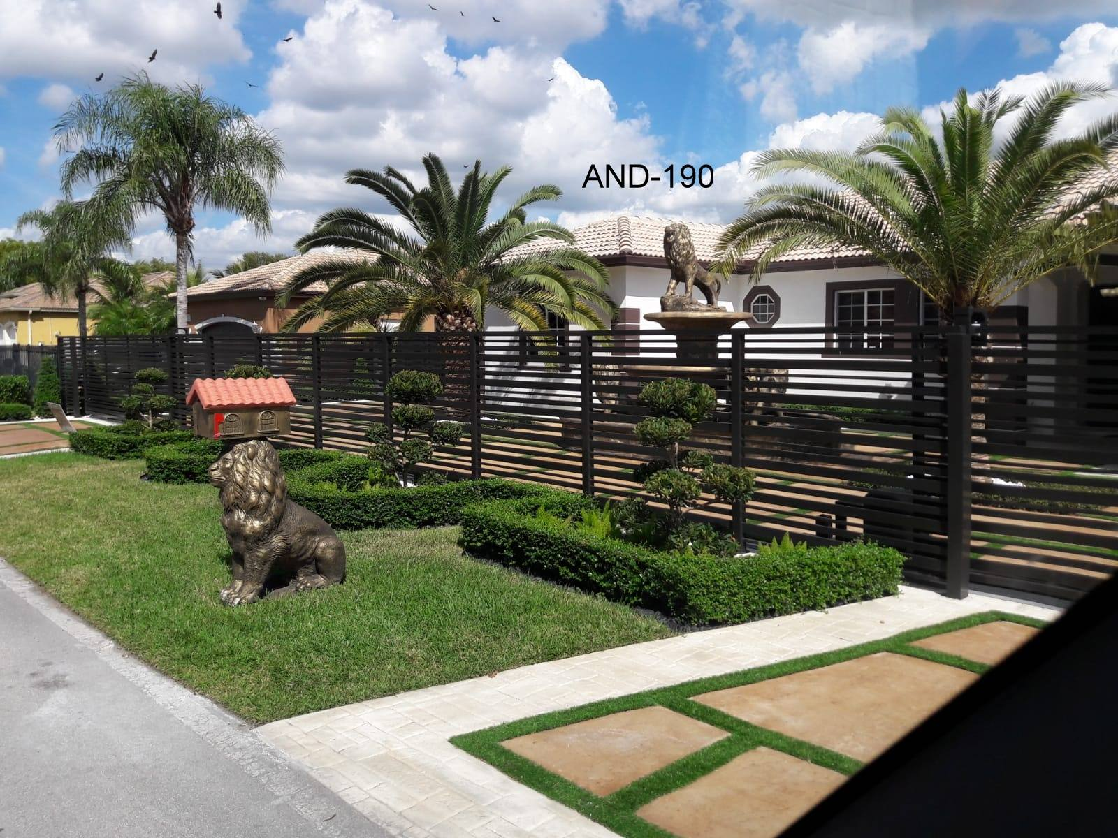 A home in Southwest Ranches in Broward County with one of the aluminum fence we installed